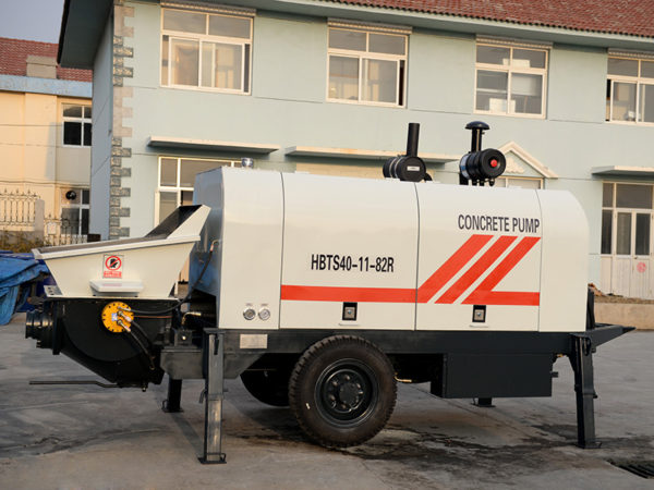 small concrete trailer pump