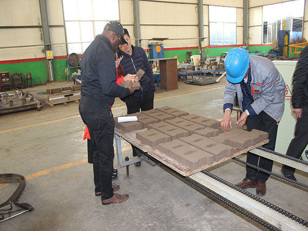 customer visit the factory
