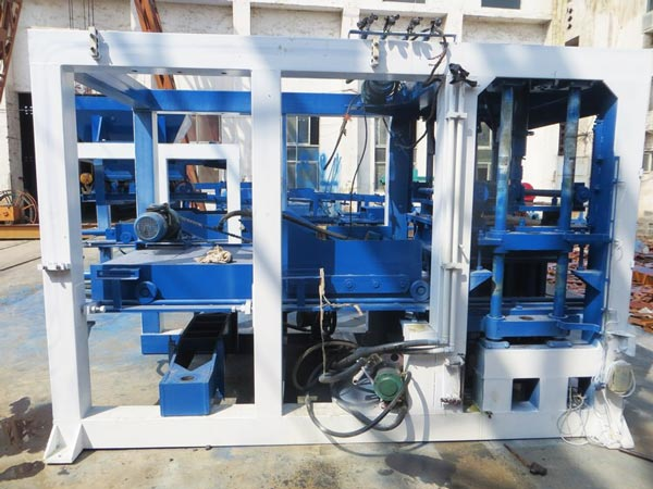 block moulding machine USA